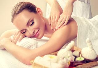 5 idées de massage à offrir en institut de beauté